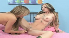 Mesmerizing Natalia Rossi brings her lesbian fantasies to fruition