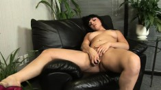 Bodacious Ava Rose pleases her peach with her fingers and a big dildo